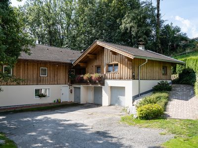 Photo for Spacious holiday home near the ski slope with a magnificent view of Piesendorf