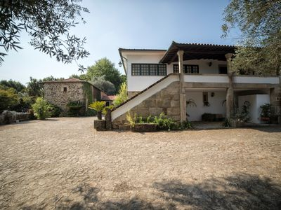 Photo for 6 Bedrooms Villa with private pool near Braga