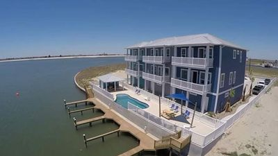 Photo for Luxury Sunset @ Harbor View 4Bed/ 3Bath & Boat Slip! Huge Town home!