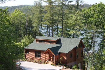 Welcoming View of Cabin and Lake