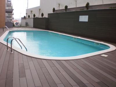 Photo for NI B3 - Modern 2 bedroom apartment in condominium with pool and parking