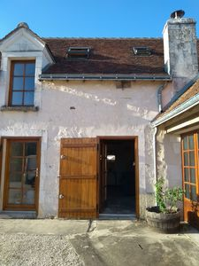 Photo for Modernised one bedroom house in the heart of the Touraine countryside