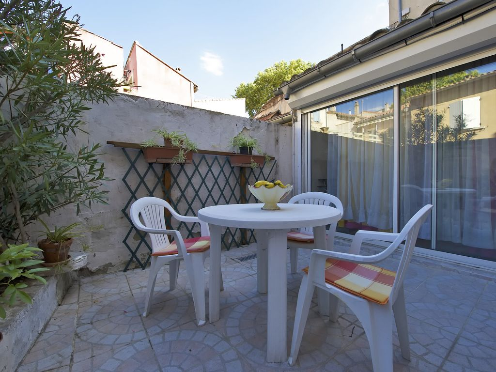 Location vacance t appartement t3 meuble avignon centre - Location appartement meuble avignon ...