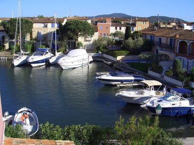Photo for Port Grimaud holiday apartment - 2 bedrooms, sleeps 6
