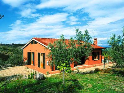 Photo for Semi-detached house in traditional agriturismo with clear view of the Chianti
