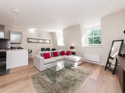 Photo for Luxury Highly Functional Notting Hill Flat, Ideal for Singles/Couples