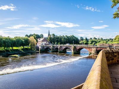 The River Dee running past the famous Roodee Racecourse