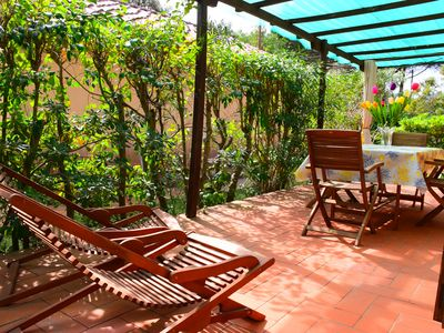 Photo for Lacona, independent apartment just minutes from the beach