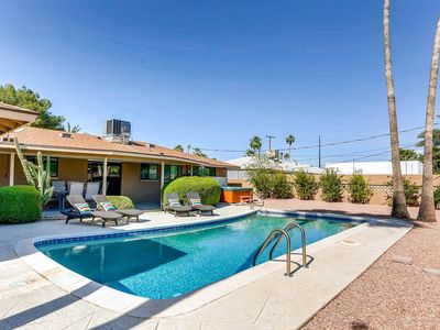 Photo for REJUVENATE OLD TOWN - BOCCE BALL + HOT TUB- SLEEPS 16