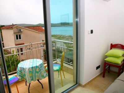 Photo for .1.. Double bed waterfront apartment with a sea view