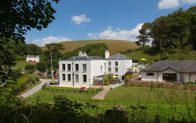 Photo for 2 Bed Heritage Apartment Within Grade 2 Listed Country House With Sea Views