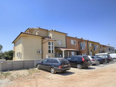 Photo for Great apartment only 200 meters to the beach with climate, Wi-Fi, balcony with sea view