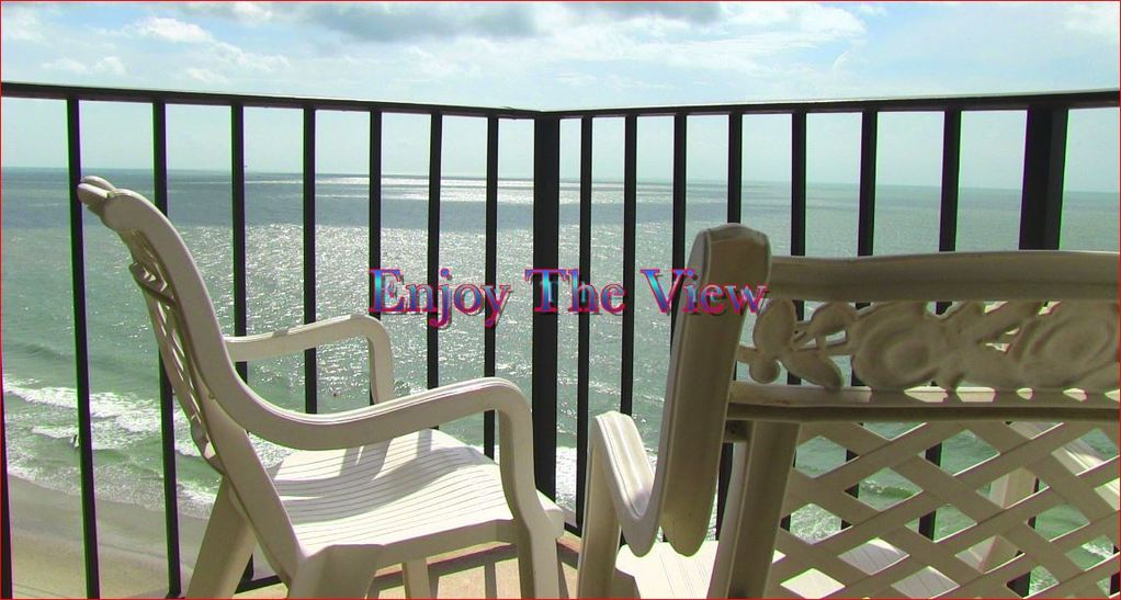 Large And Lovely 3 Bedroom Suite Waiting For Your Arrival In Garden City Sc Garden City Beach