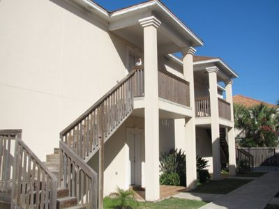 Photo for Inviting 2 bedroom condo for 6 with a pool; Free Wi-Fi