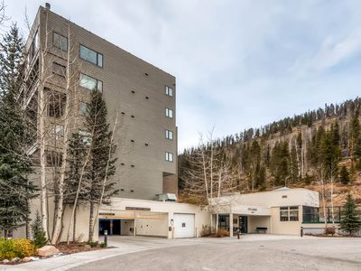 Photo for 5 GUESTS SKI for FREE! Newly remodeled luxury condo
