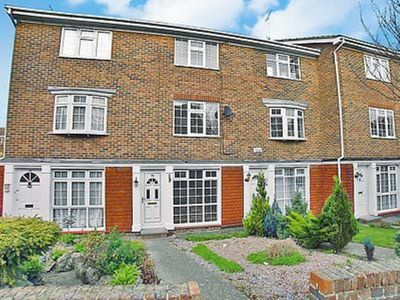 Photo for 3 bedroom property in Broadstairs. Pet friendly.