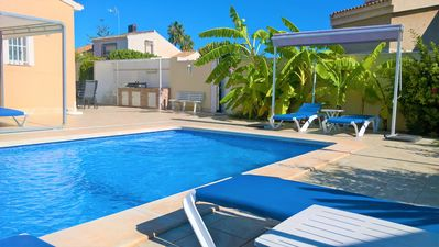Photo for Luxury Villa south facing-Beach 500m-Private heated pool-English TV-WiFi-BBQ