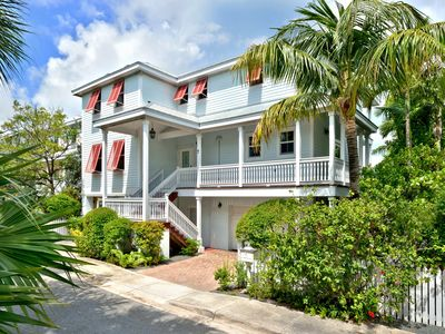 Photo for Waterfront 4 Bedroom 3 Bath luxury Oceanfront home with pool