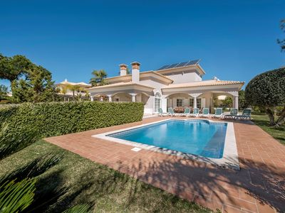 Photo for 5 bedroom Villa, sleeps 11 in Cavacos with Pool, Air Con and WiFi