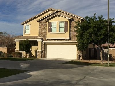 Private cul-de-sac off of street, amazing area and 2 parks walking distance