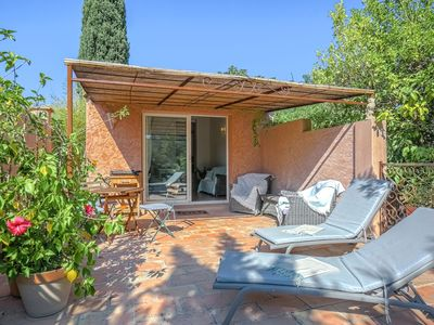 Photo for Cozy Holiday Home in Grimaud with Beach nearby