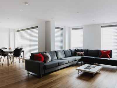 Photo for Weston Street III - luxury 3 bedrooms serviced apartment - Travel Keys