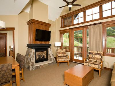 Photo for Ski-in/Ski-out Studio + Kitchen, Fireplace & Balcony | Hot Tubs/Pools!