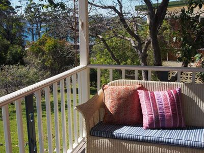 Photo for Tiptoe - charming cottage - fire - unlimited wifi - foxtel