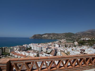 Photo for Apartment with large terrace and fabulous views