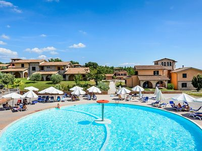 Photo for Apartment in the center of Pian dei Mucini with Parking, Internet, Pool, Balcony (293493)