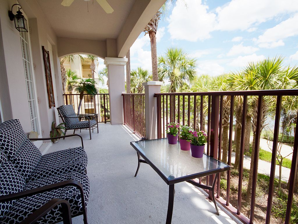 Huge luxury lake view corner condo sand lake florida for Sand lake private residences for rent