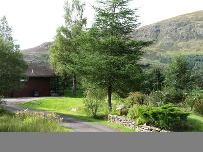 Photo for Beautiful 4 star, 2 bedroom chalet with stunning loch and mountain views