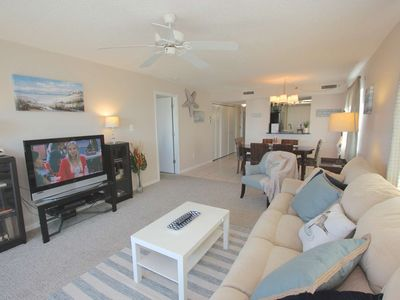 Updated Beachside, Pool, Hot Tub, BBQ, Free Wi-Fi & Cable, Beach Gear, W/D– 301 Sandcastle North