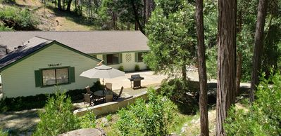 Photo for Beautiful Creekside Home in Mariposa Pines Close to Yosemite.