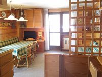 Perfect apartment for 2 families with 4 kids all sharing.