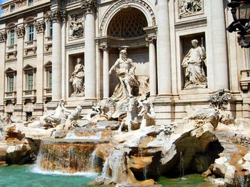 City Center property next to Vatican and Metro Station with WIFI & Airco