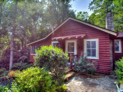 Photo for Garden Cottage, 1940's Updated Vacation Cottage, Awesome Carolina Room!