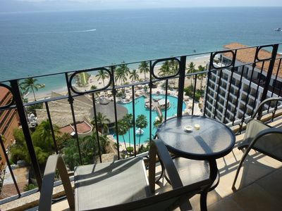 Photo for Oceanfront with Amazing Beach and Ocean Views!