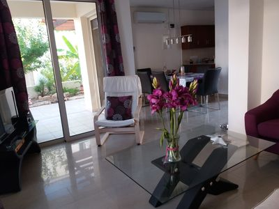 Photo for Cozy clean holiday House with Private Pool. Wifi & parking
