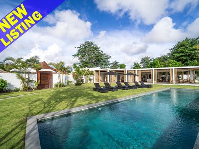 Photo for Samudra, Spacious 8 Bedroom Luxury Villa, Bingin Beach