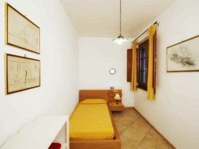 Photo for Lovely apartment in villa for 6 people with pool, WIFI, TV and parking