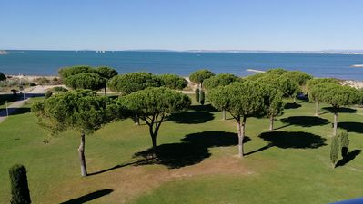 Photo for Le Grau Du Roi - Apartment P3 in front line, sea view.