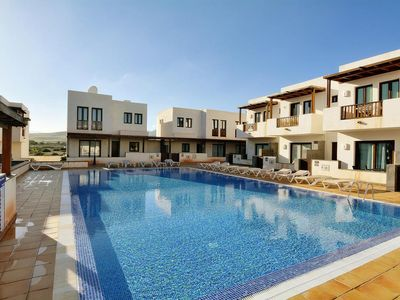 Photo for Terraced house, Puerto Calero  in Lanzarote - 6 persons, 3 bedrooms