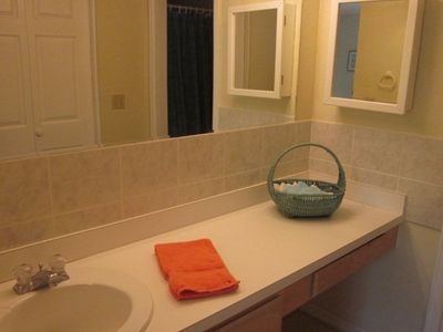 Photo for Beautiful 2 bdr/2 bath townhome; pet friendly; 5 minute walk to beach