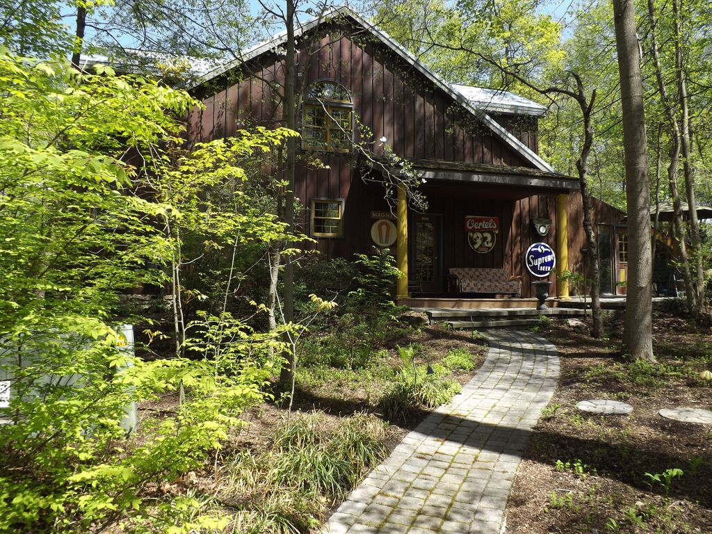 Brewhouse Mountain Eco Inn Featured On The Travel Channel Home Garden Channel 3652192