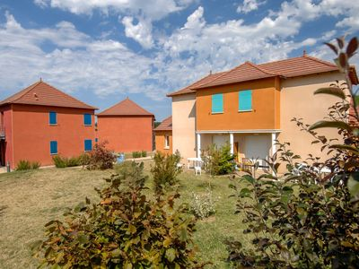 Photo for 2 bedroom Apartment, sleeps 6 in Lagardelle-sur-Lèze with Pool and WiFi