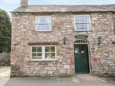 Photo for STABLE COTTAGE, family friendly in Pooley Bridge, Ref 972259