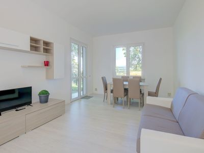 Photo for Close to Beach and Trails With Patio - Apartment Rupestre