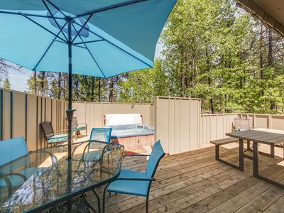 Photo for Spacious dog-friendly home with game room, private hot tub & SHARC access!