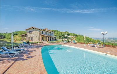 Photo for 6BR House Vacation Rental in Valfabbrica